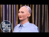 【今夜秀】吉米試圖搭訕社交機器人索菲亞,害羞到說不出話 (Tonight Showbotics: Snakebot, Sophia, eMotion Butterflies) Image