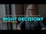 我做了正確的決定嗎?該怎麼判斷? (How to know if you're making the right decision | MEL ROBBINS) Image